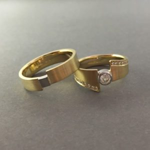 Two tone gold silver modern wedding rings