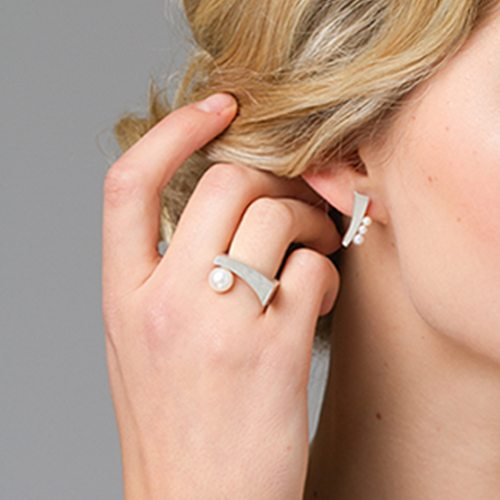 balance silver pearl ring and earrings