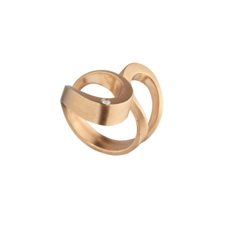 Rose gold and diamond tuohi III ring 2