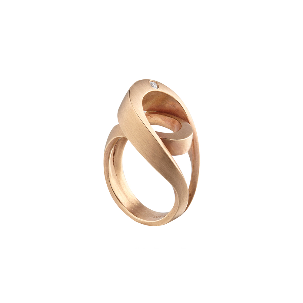 Rose gold & diamond tuohi IV ring