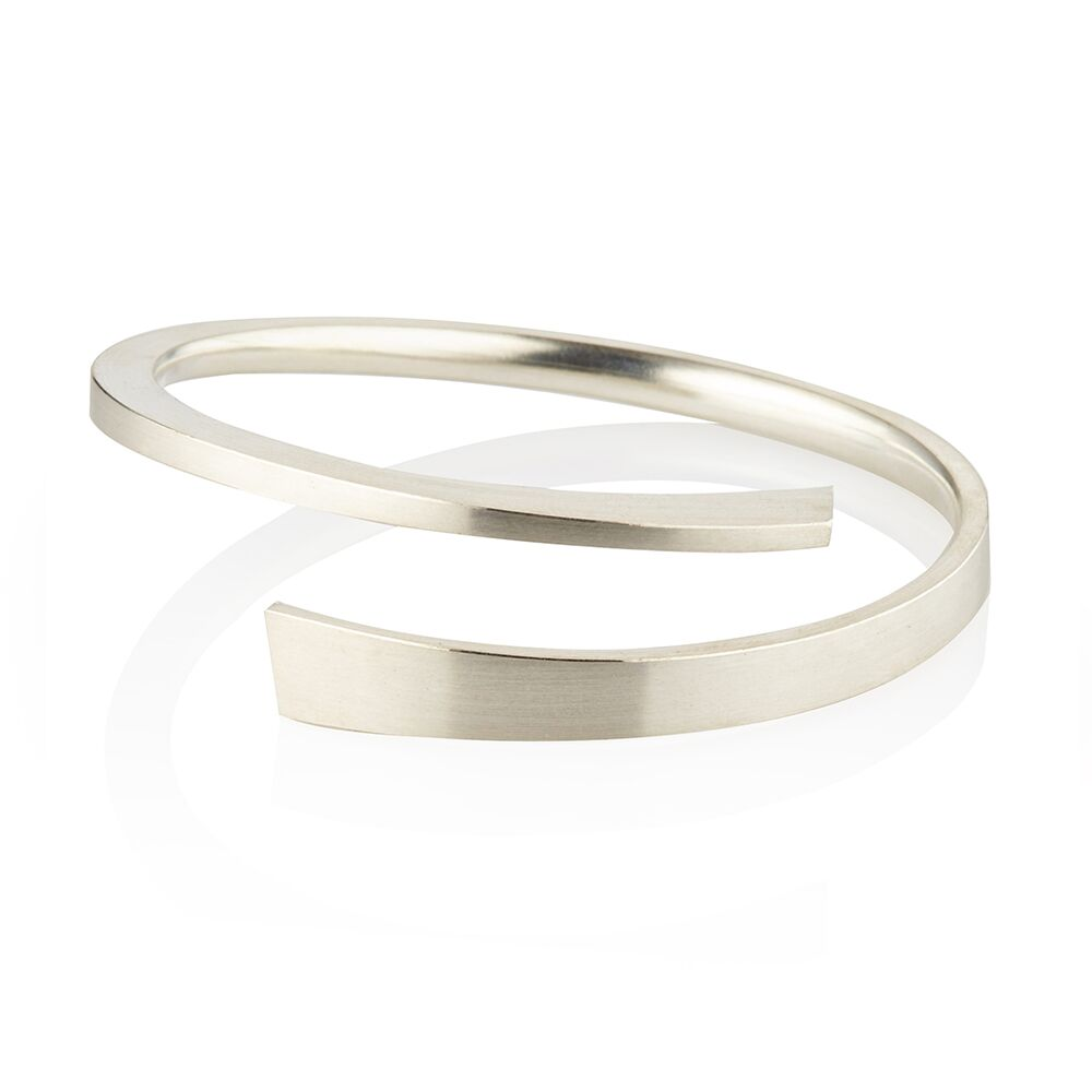 Balance silver stacking bangle 2