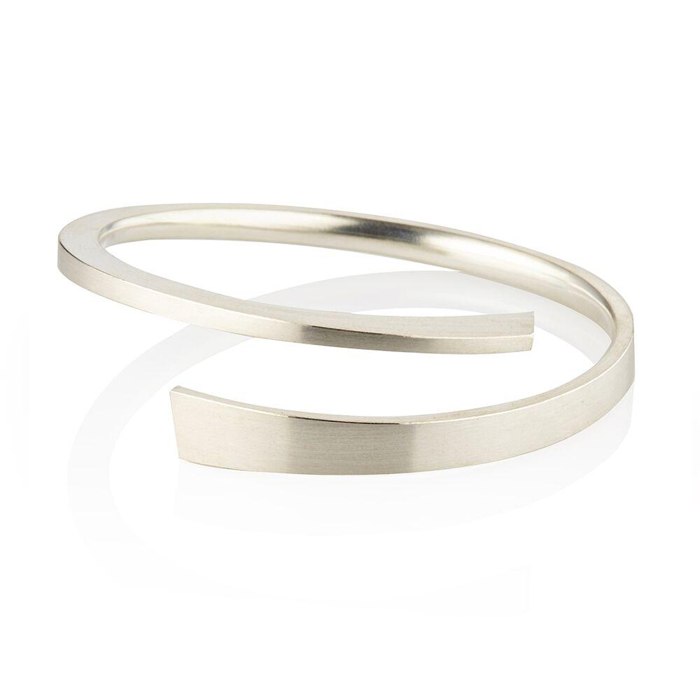 Balance bangle silver