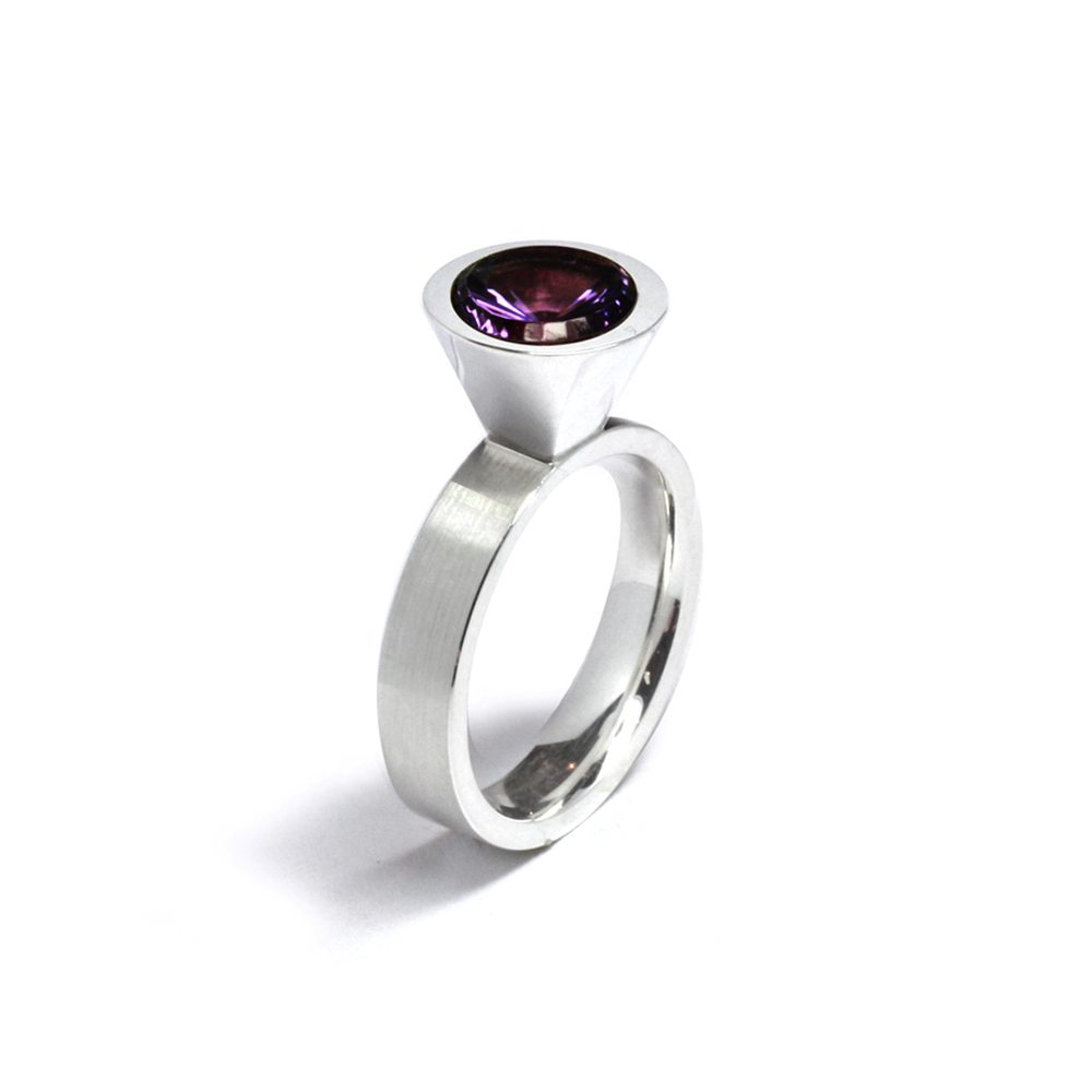 Cocktail ring - amethyst