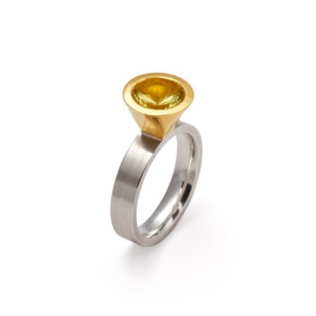 Cocktail ring - lemon quartz - two tone