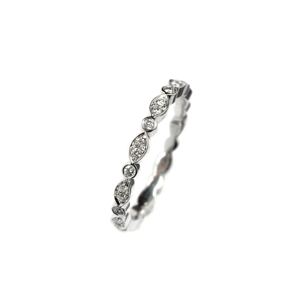 Diamond juliet ring white gold