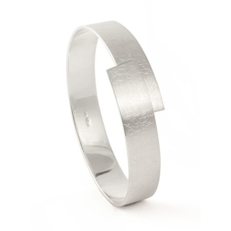 Eclipse silver bangle