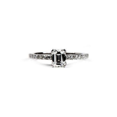 Emerald cut diamond castel ring