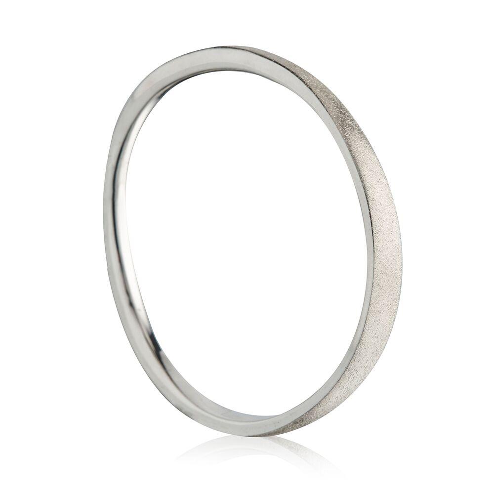 Flow silver bangle