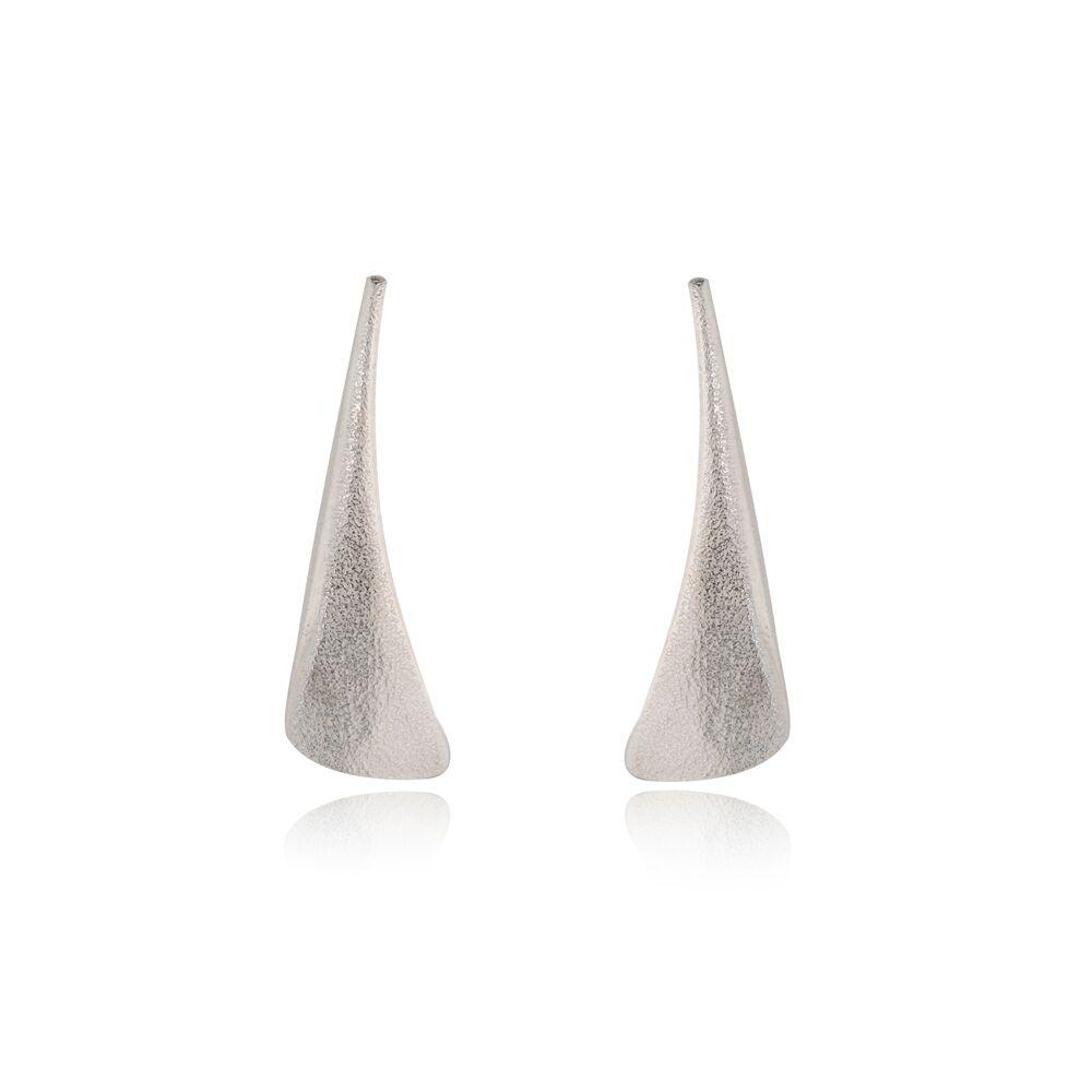 Flow silver stud earrings