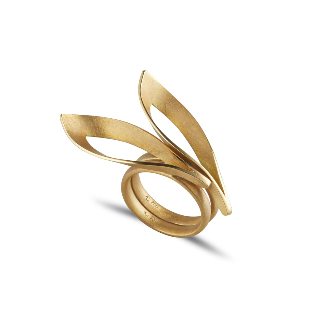 Gold dancing flame rings