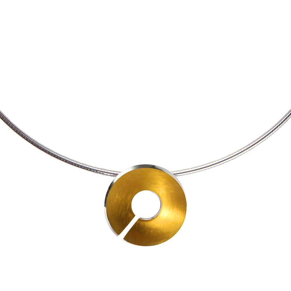 Gold-Torc-Pendant-Detail