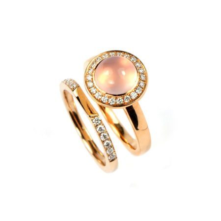 Rose quartz nectar ring with diamond band