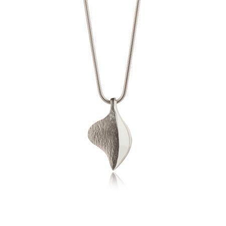 Shadow-lines-silver-pendant