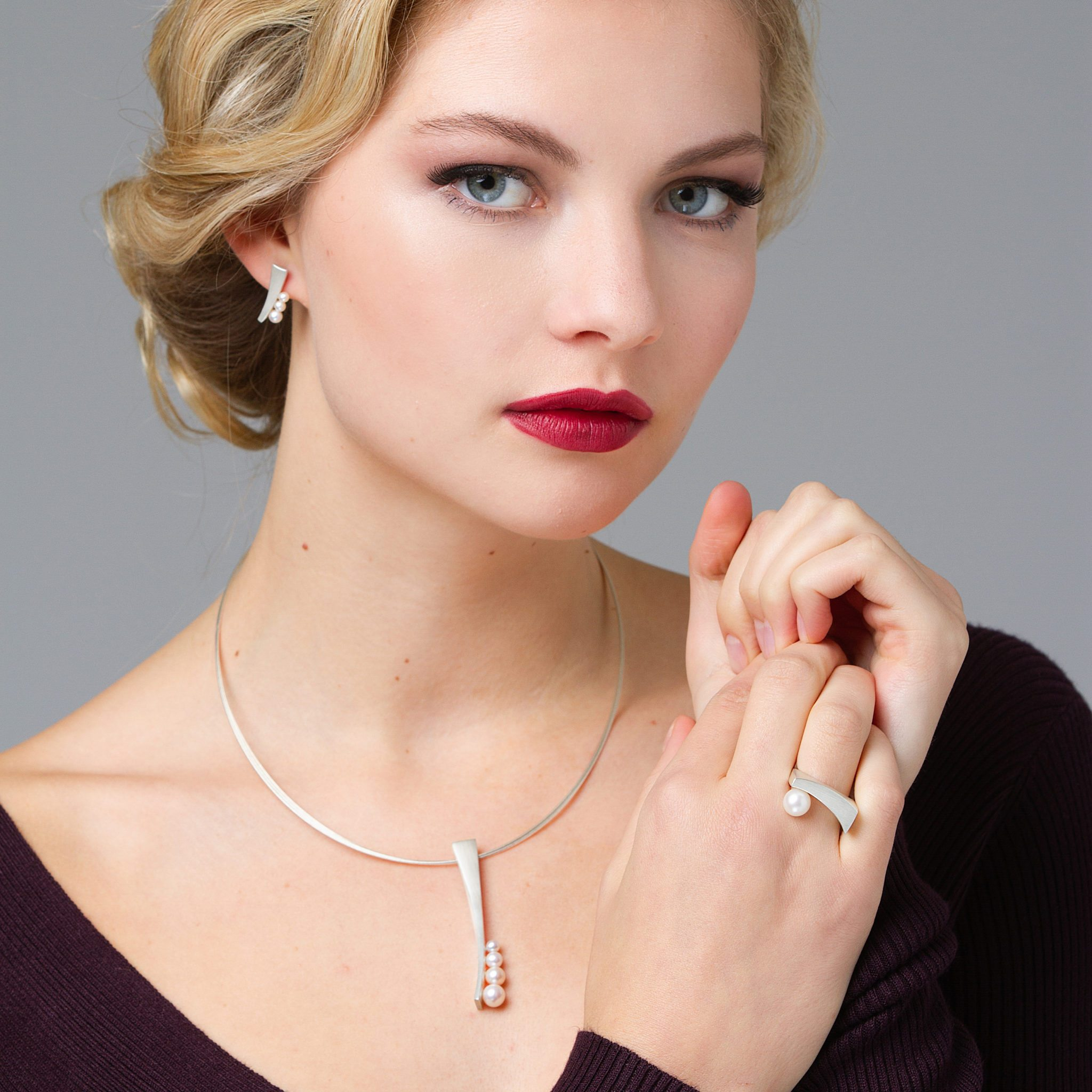 Silver pearl ring earring and necklace collection