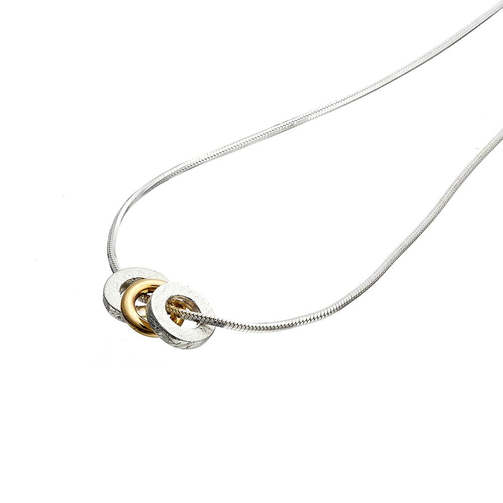 Trio pendant - 1 yellow gold hoop - detail