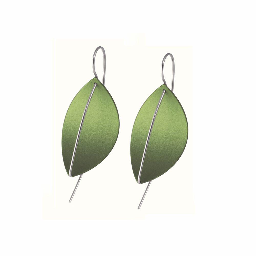 Leaf drop earrings - green