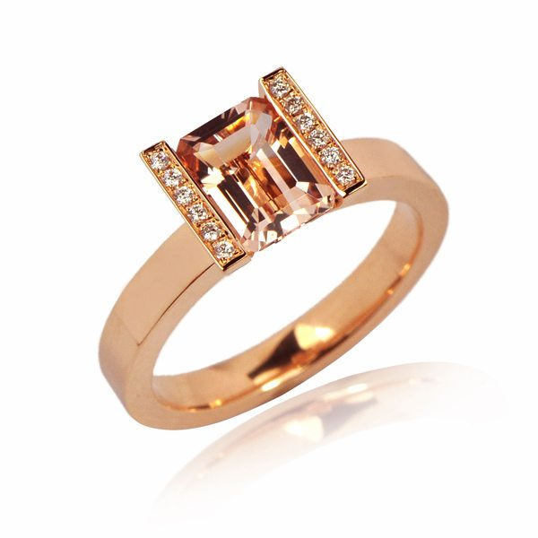 rose gold modern morganite engagement ring with diamonds