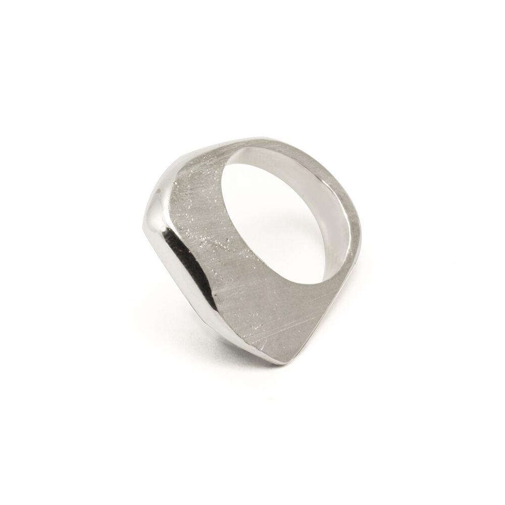Silver shards melt ring