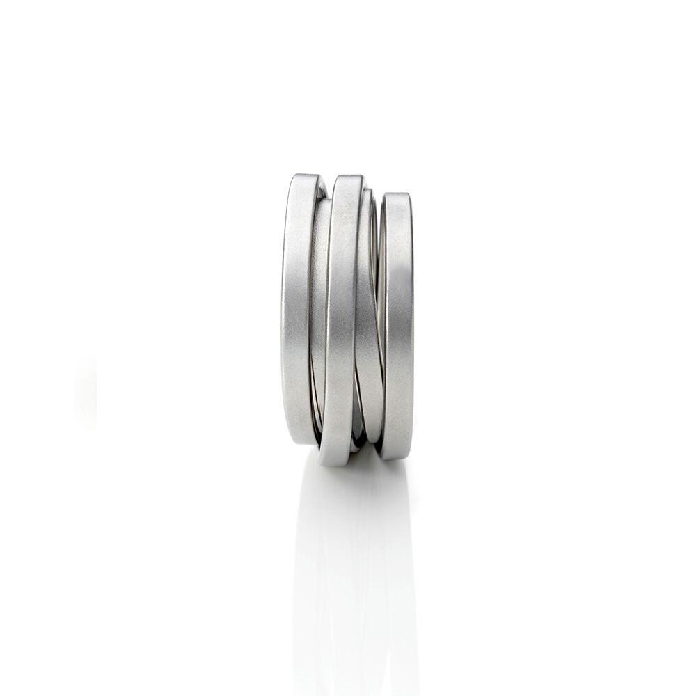 Steel saturn ring