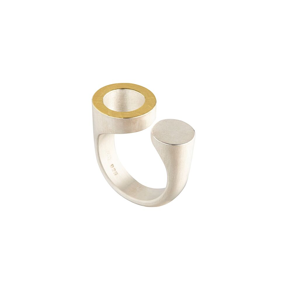 Two-tone circles ring