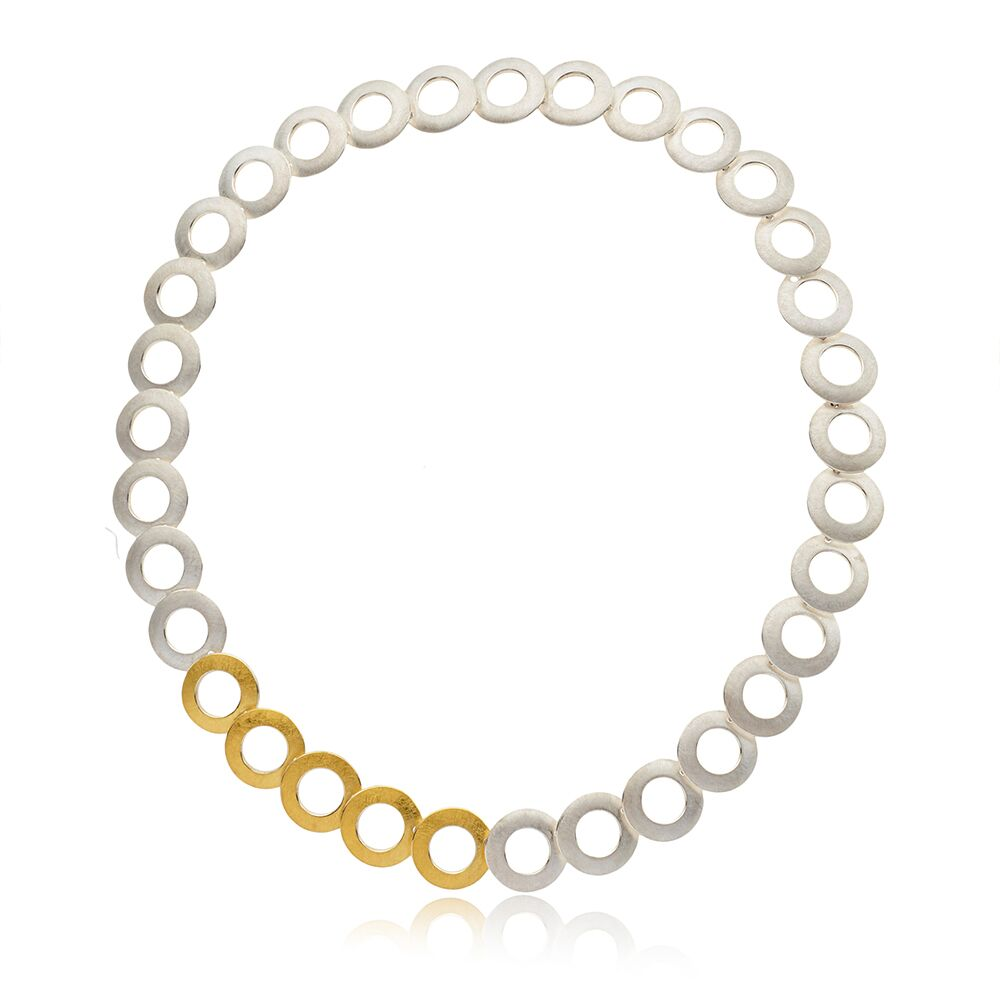 Two-tone open discs neckpiece