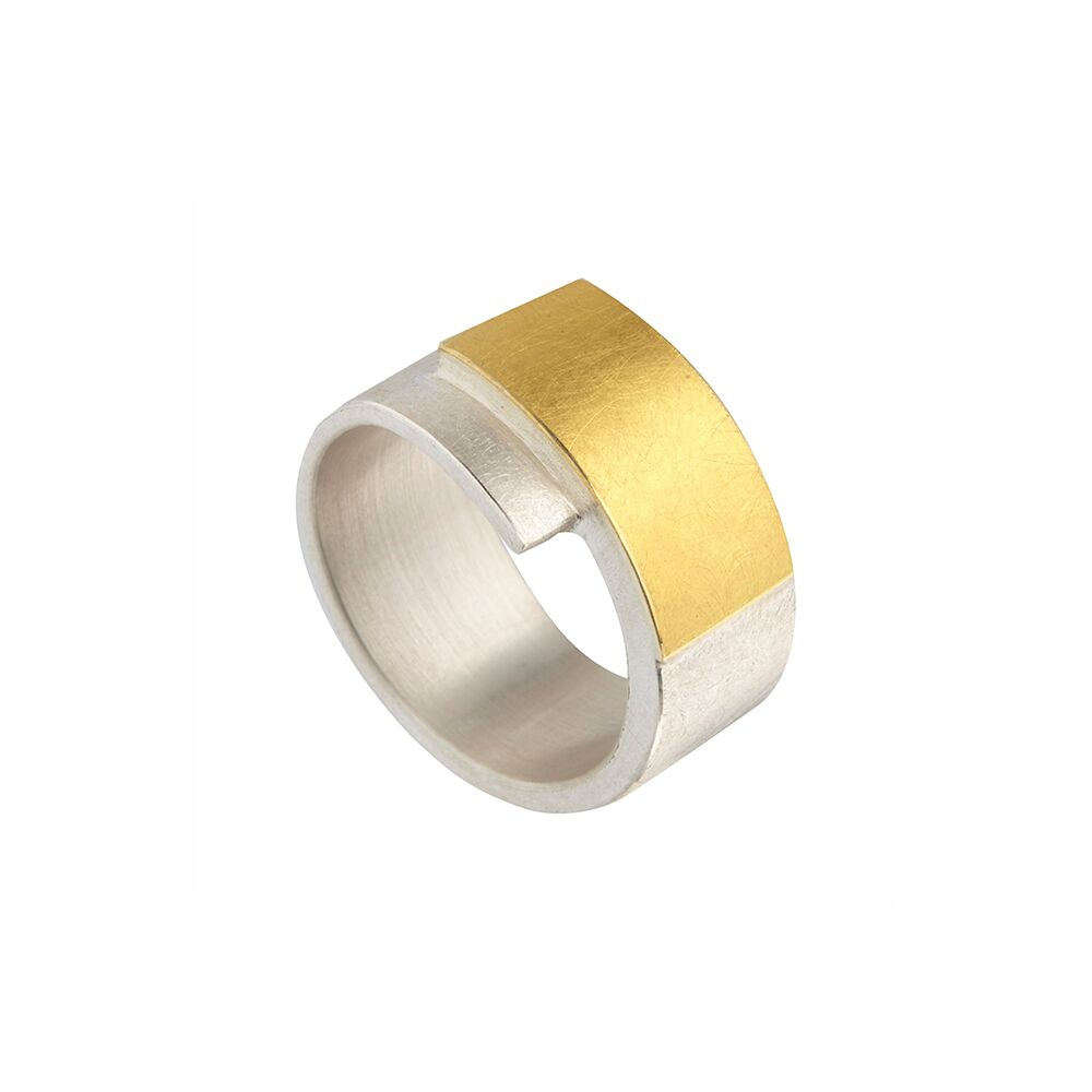 Two-tone wrapover ring