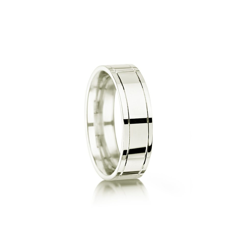 Polished wedding ring with grooves