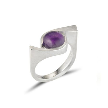 Silver quintet ring with amethyst