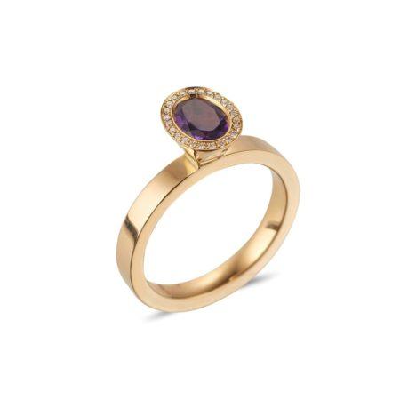 Oval Cut Amethyst Vibrance Ring