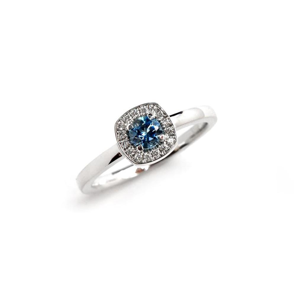 White Gold Ring with Aquamarine
